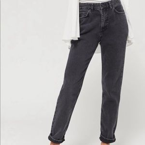 """Urban Outfitters """"BDG"""" Mom Jeans"""